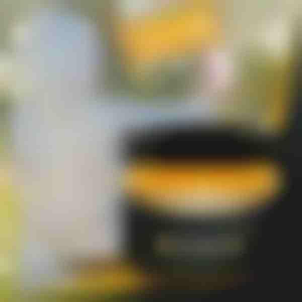 Včelí vosk na nábytok a drevo BEEWAX